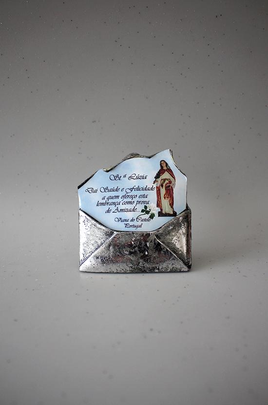 Envelope com dedicatória de Santa Luzia